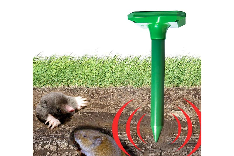 OUTXPRO Solar Energy Mole Repeller Powerful Ultrasonic Gopher Snake Mouse Rodent Voles Rat Yard Lawn Farm Garden Pest Repellent Device