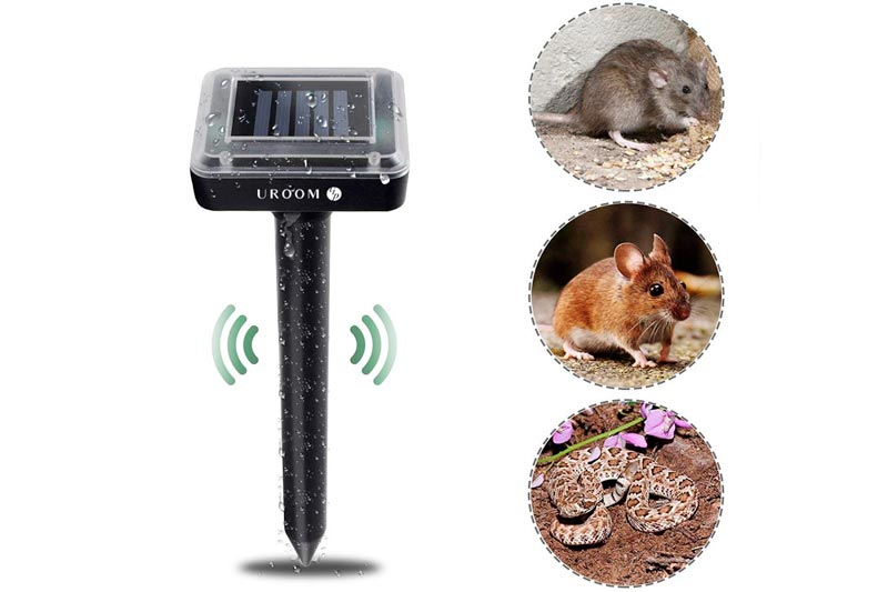 UROOMVIP 2 Pack Snake Away Solar Pest Repeller Outdoor Waterproof and harmless Repelling Mole, Rodent, Vole, Shrew, Gopher, Snake for Outdoor Lawn Garden Yards Pest Control